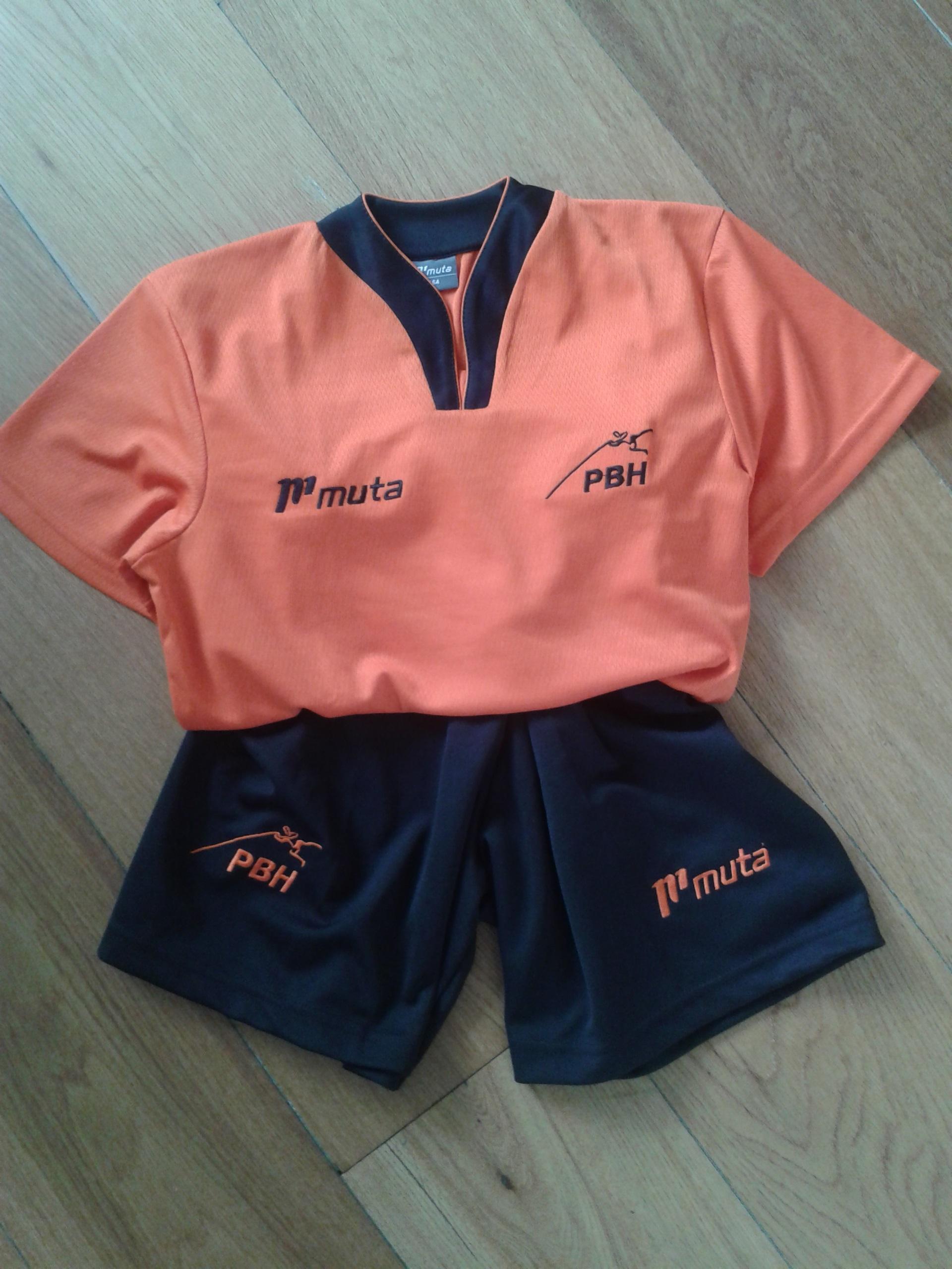 Nieuwe kleding bestellen en passen